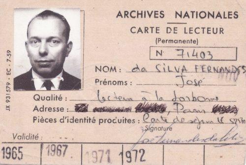 carte des Archives Nationales indiquant que José Da Silva était « Lecteur à la Sorbonne » et carte d'identité de fonctionnaire de José Da Silva.